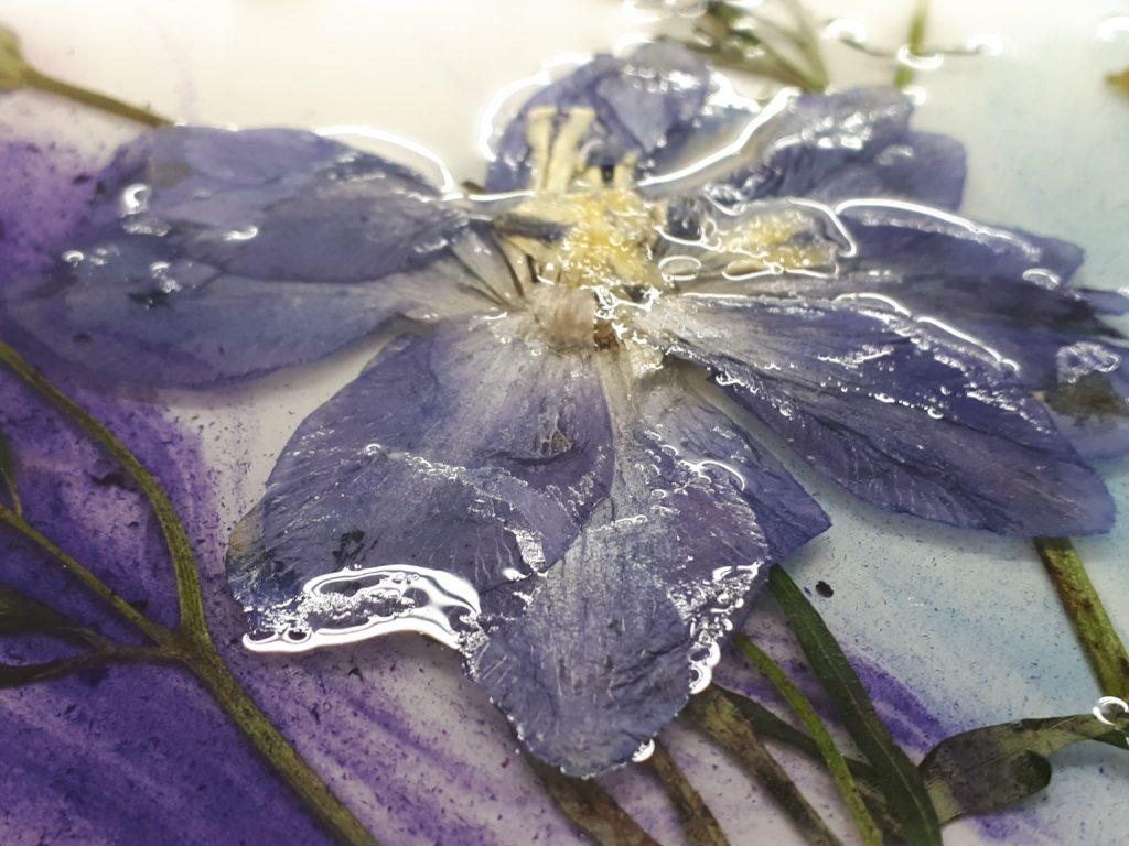HR gedroogde bloem in epoxy epoxyworkshop Antoynette Anema