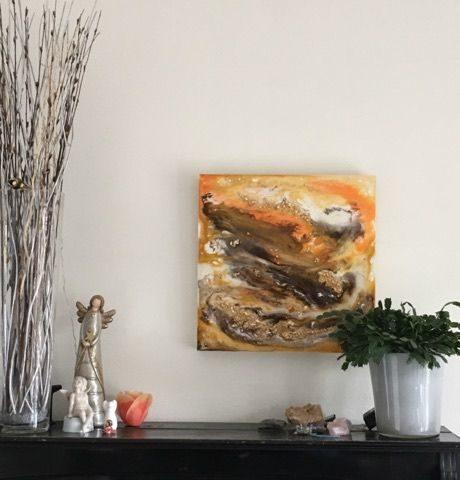 ER epoxy schilderij geel goud interieur epoxyworkshop Antoynette Anema