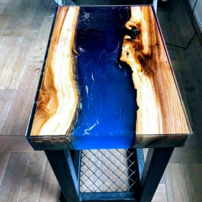 Riviertafel blauw en paars epoxyworkshop